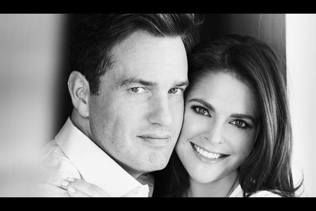 La princesse Madeleine et son fiancé Chris O'Neill reviennent sur leur bonheur.