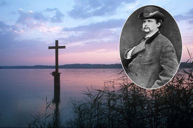 La croix commémorative de la mort du roi Louis II de Bavière (en vignette) dans le lac de Starnberg