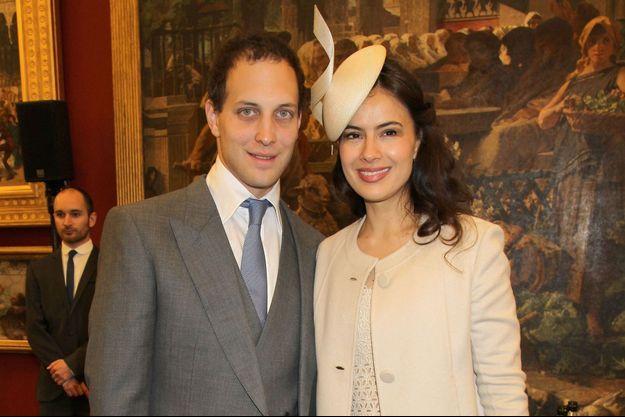 Lord Frederik Windsor et son épouse l'actrice anglaise Sophie Winkleman à Londres le 5 juin 2012