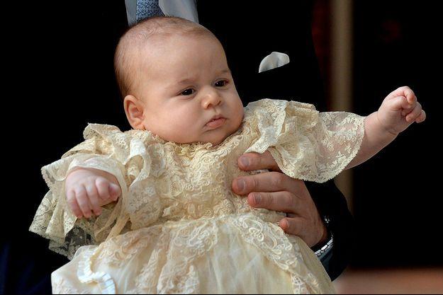 Le prince George lors de son baptême