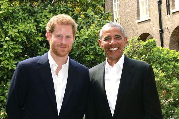 Barack Obama et le prince Harry à Kensington, le 27 mai 2017.