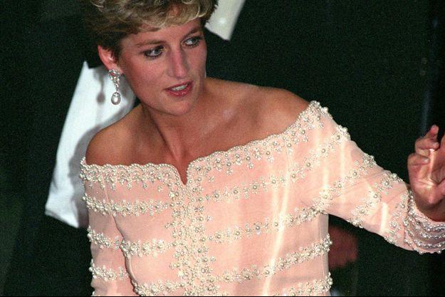 Lady Diana au Savoy Theatre à Londres, le 19 juillet 1993