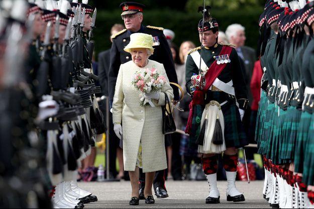 La reine Elizabeth II à Edimbourg, le 3 juillet 2017