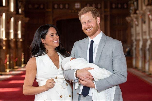 Meghan Markle, Harry de Sussex et leur fils Archie en mai 2019.