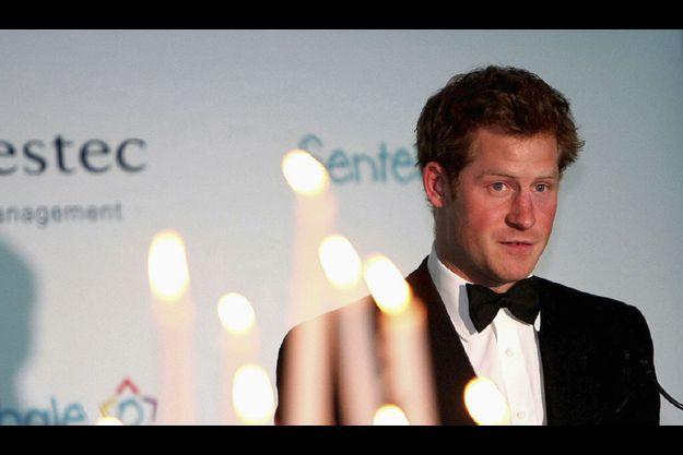 Le Prince Harry a rendu hommage à sa mère, Diana, lors de la soirée consacrée à sa fondation Sentebale.
