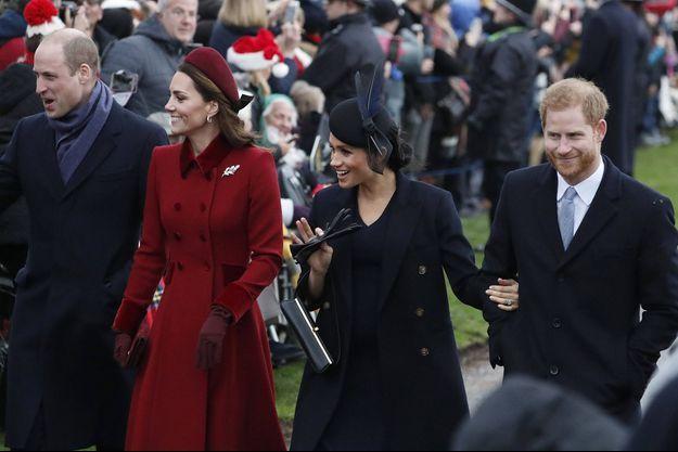 William, Kate, Meghan et Harry lors de Noël en 2018.
