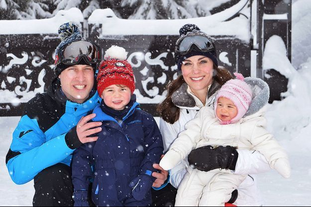 Kate Middleton, William, George et Charlotte au ski
