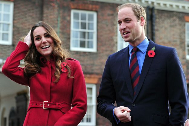 Kate et William devant le palais de Kensington
