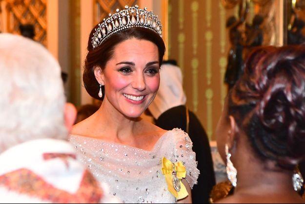 Kate Middleton, la duchesse de Cambridge, coiffée de la Cambridge Lover's Knot tiara, à Londres le 4 décembre 2018