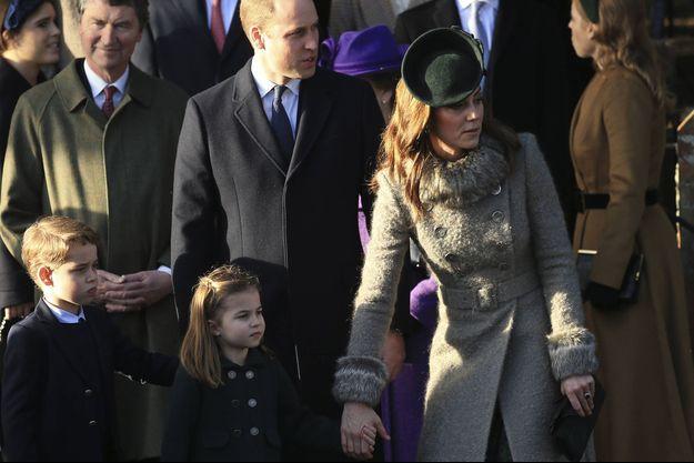 William, Kate et leurs enfants George et Charlotte le 25 décembre 2019