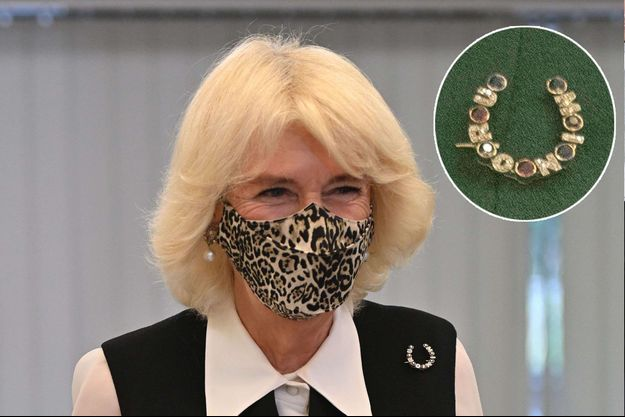 La duchesse de Cornouailles Camilla portant sa broche Minoru le 21 octobre 2020. En vignette, sa broche le 23 janvier 2019
