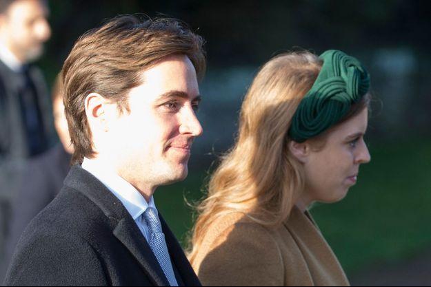 La princesse Beatrice d'York et son fiancé Edoardo Mapelli-Mozzi à Sandringham, le 25 décembre 2019