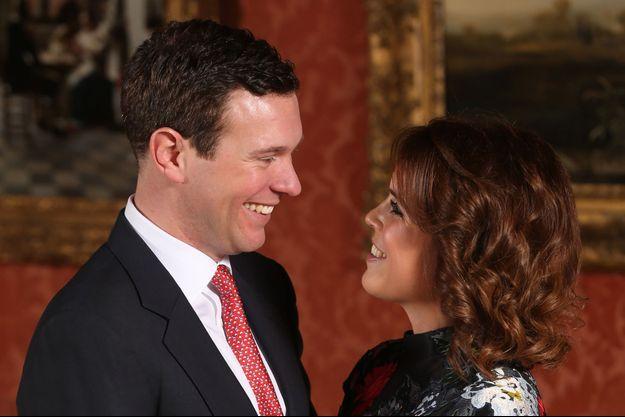 La princesse Eugenie d'York et son fiancé Jack Brooksbank, lors de l'annonce de leurs fiançailles, le 22 janvier 2018