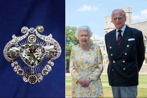 La reine Elizabeth II porte sa broche Cullinan V sur le portrait officiel des 99 ans du prince Philip, diffusé le 10 juin 2020. A gauche, la broche Cullinan V exposée à Buckingham Palace le 25 juillet 2006