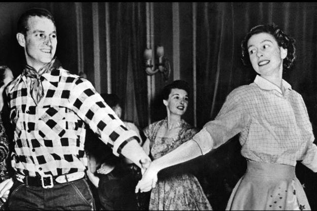 Elizabeth et Philip, jeunes amoureux en visite au Canada en octobre 1951.