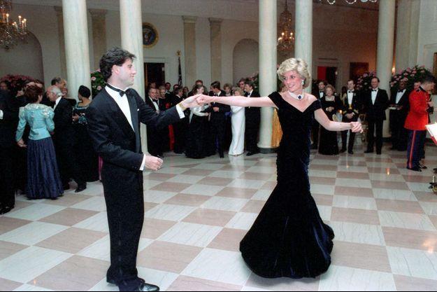 La princesse Diana et John Travolta à la Maison Blanche à Washington, le 9 novembre 1985