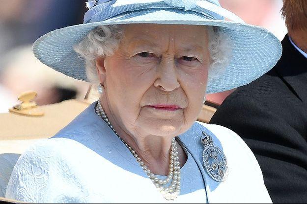 La reine Elizabeth II, samedi, pour les célébrations de son anniversaire à Londres.