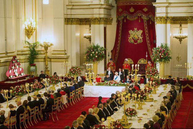 Le banquet d'Etat offert par la reine Elizabeth II au président de la la République populaire de Chine dans la Salle de bal de Buckingham Palace à Londres, le 20 octobre 2015
