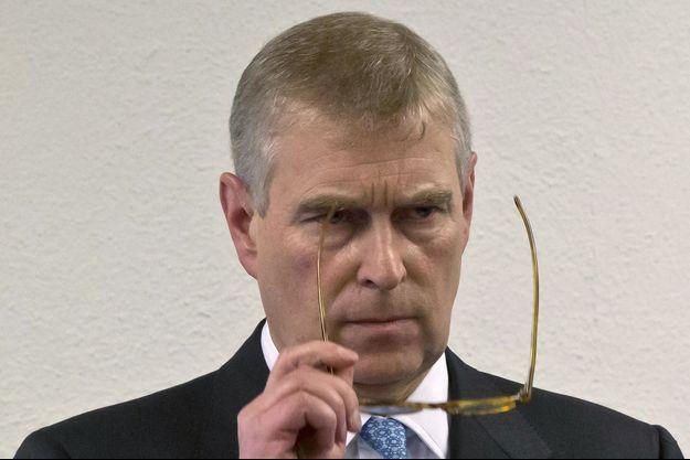 Le prince Andrew, duc d'York, quelques secondes avant d'entamer son discours à Davos, dans lequel il a répondu aux accusations d'abus sexuels.