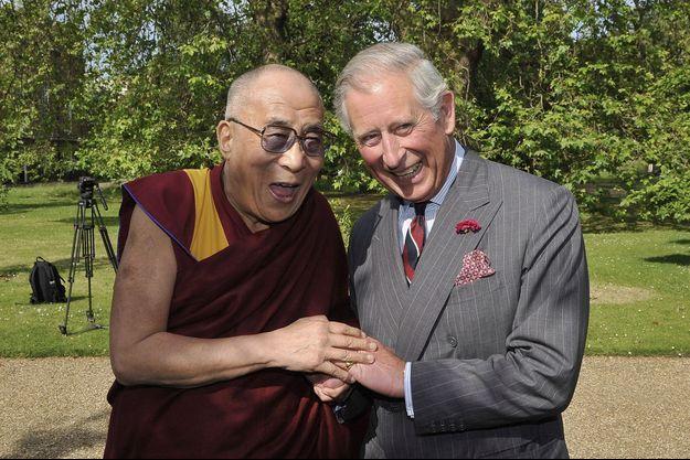 Le prince Charles et le Dalaï Lama à Clarence House, en juin 2012