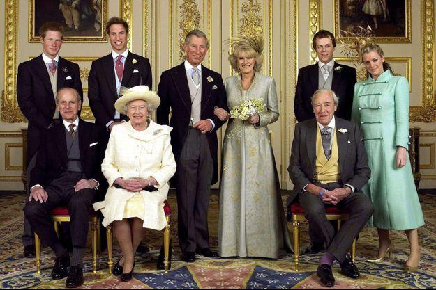 La photo officielle du mariage du prince Charles et de Camilla Parker Bowles le 9 avril 2005