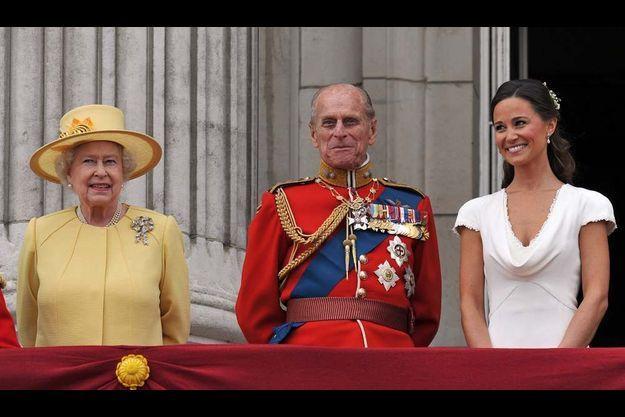 La reine Elizabeth, le prince Philip et Pippa Middleton.