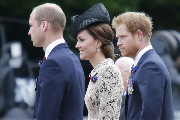 Harry, avec William et Kate