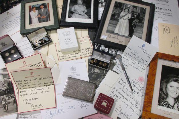 Les lettres écrites par Lady Diana, princesse de Galles, et les autres objets de Cyril Dickman vendus le 5 janvier 2017