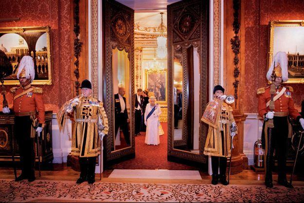 Elizabeth II à une réception donnée pour les membres du corps diplomatique, à Buckingham, en décembre 2018.