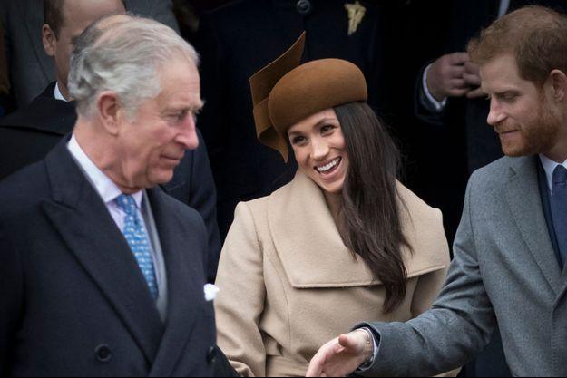 Meghan Markle avec son fiancé le prince Harry et le père de celui-ci le prince Charles à Sandringham, le 25 décembre 2017