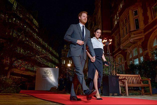 Harry et Meghan après les Endeavour Fund Awards, dont la duchesse était la maîtresse de cérémonie, au Draper's Hall, à Londres, le 7 février