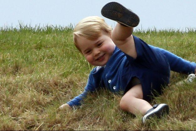Le prince George à Tetbury, le 16 juin 2015.
