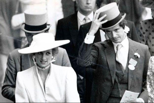 La princesse Diana, suivie d'Oliver Hoare, lors du Royal Ascot de 1986.