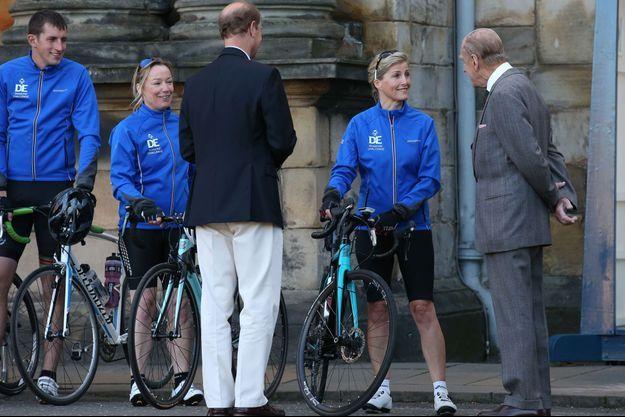 La comtesse Sophie de Wessex avec les princes Philip et Edward à Edimbourg, le 19 septembre 2016