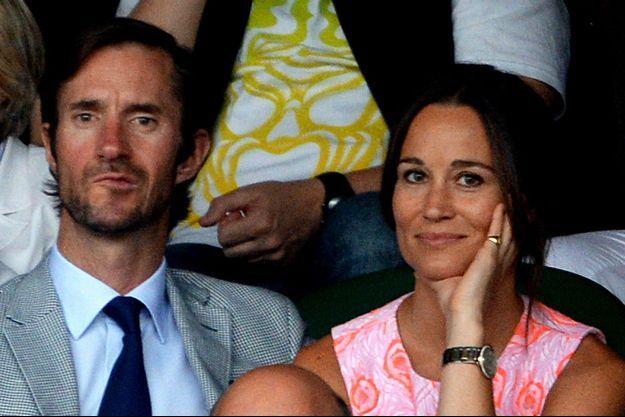 Pippa Middleton et son futur époux, James Matthews, aperçus à Wimbledon, le 6 juillet dernier