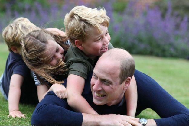 Le prince William avec ses trois enfants, George, Charlotte et Louis