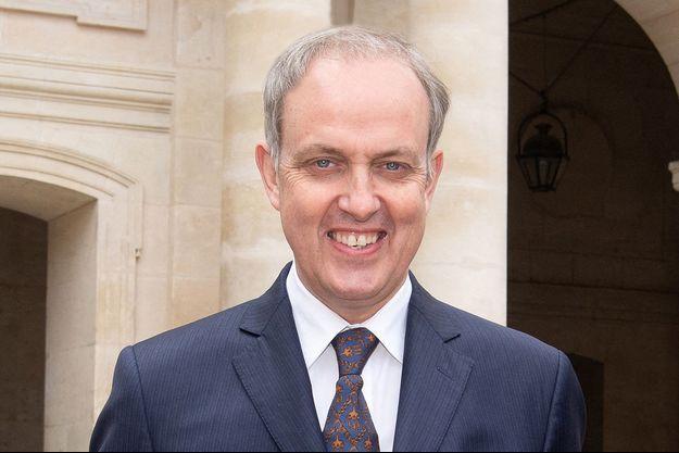 Le prince Jean d'Orléans, comte de Paris, lors de la cérémonie du bicentenaire de la mort de Napoléon Ier, à Paris le 5 mai 2021