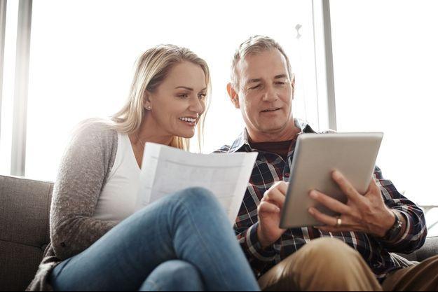 Impôt à la source : comment le gérer dans le couple