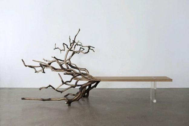 « FALLEN TREE » du designer français Benjamin Graindorge, édité par la galerie Ymer & Malta.