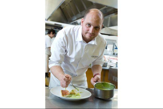 """Maxime Nouail, des cuisines du Domaine de Rochevilaine aux """"Bretons en cuisine""""."""