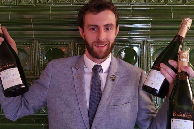 Julien Leroux, le sommelier du Mas Candille, et la cuvée de champagne sur-mesure Duval-Leroy.