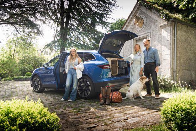 La Skoda Enyaq permet de gérer la récupération d'énergie au freinage. «Les ronds-points en deviennent ludiques», confie Alexandre Poussin.