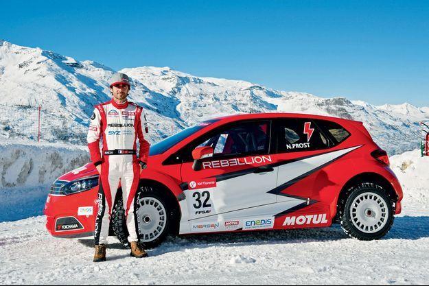 Nicolas Prost et l'Andros Sport 01 aux couleurs de Motul, le fabricant d'huiles moteur haute performance.