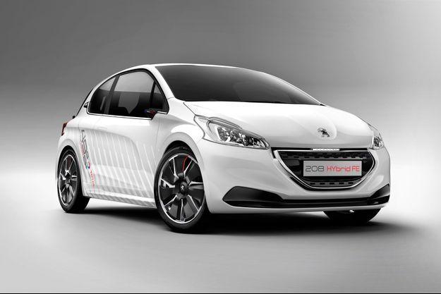 La Peugeot 208 HYbrid FE sera présentée au Salon de Francfort, à partir du 12 septembre