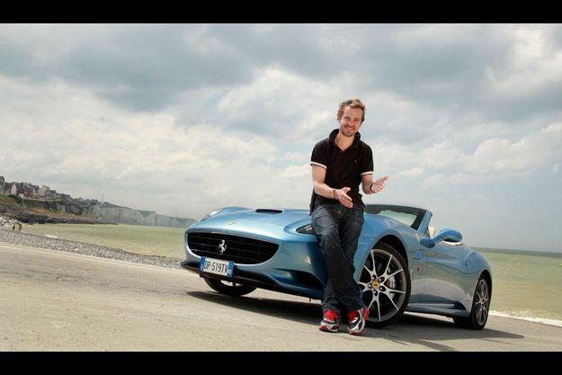 Jocelyn Quivrin a testé la California, le nouveau coupé cabriolet Ferrari.