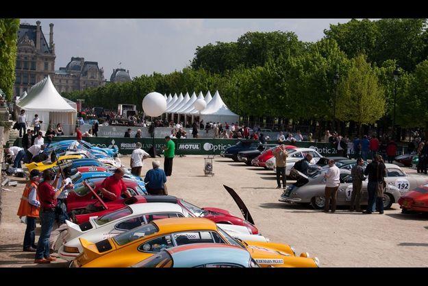 Le parc de départ dans le jardin des Tuileries, direction Deauville.