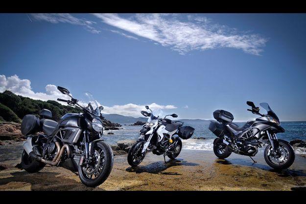 Les trois motos de la famille Touring de Ducati.