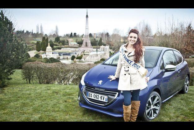 Miss France 2012 a parcouru les cinq hectares du parc France Miniature quelques jours avant sa réouverture, prévue le 18 février. Toutes les infos sur www.franceminiature.com