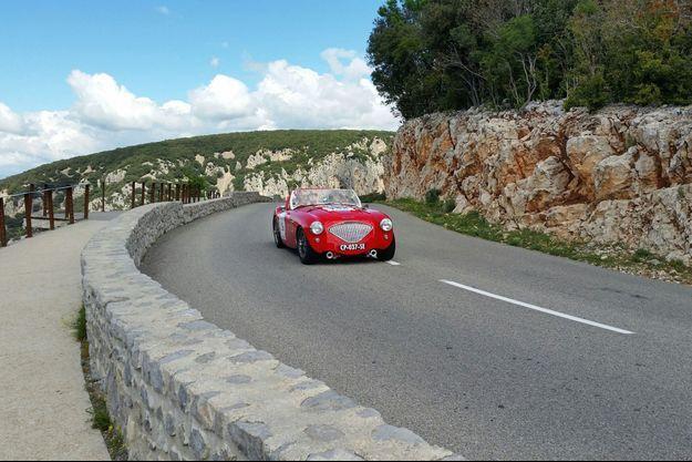 Dans les gorges de l'Ardèche, sur la 4ème étape Valence-Marseille