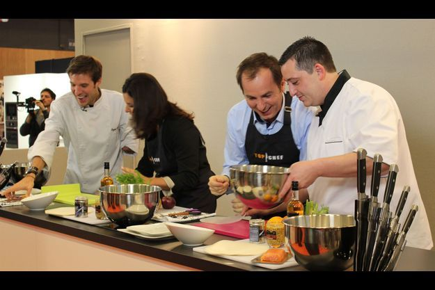 Grégory Cuilleron, Faustine Bollaert, Jean-Philippe Doux et Cyril Zen, figures de la chaîne M6, ont animé des ateliers au salon Cuisinez by M6